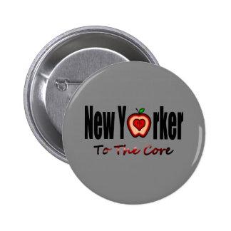 Neoyorquino a la base con Apple grande cortado Pin Redondo De 2 Pulgadas