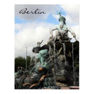 neptunbrunnen fountain postcard