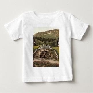 Neptune Fountain, Linderhof Castle, Upper Bavaria, T Shirts