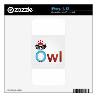 Nerd owl wearing a crown decals for the iPhone 4