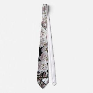 Nest Neck Tie