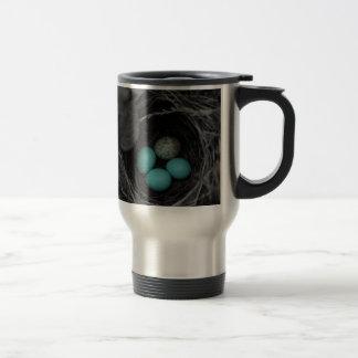 Nest parasitism travel mug