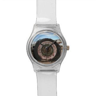 Neumático en el desierto relojes de pulsera