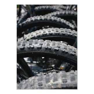 """Neumáticos de la bici de montaña invitación 5"""" x 7"""""""