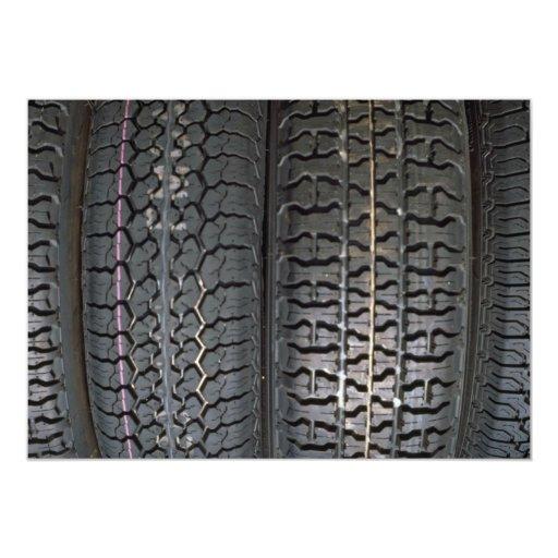 Neumáticos ilustrativos invitación 12,7 x 17,8 cm