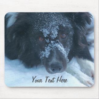Nevado hizo frente al perro lindo Mousepad del bor