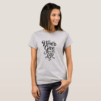 """""""Never give up"""" calligraphy statement t-shirt"""