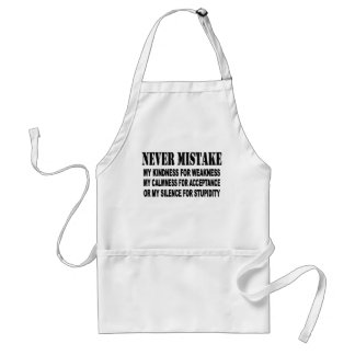 NEVER MISTAKE ADULT APRON