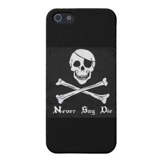 Never Say Die Skull & Crossbones iPhone 4 Case