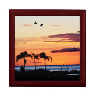 Nevisian Sunset Gift Box