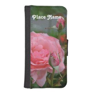 New Castle Rose Garden iPhone 5 Wallet Case