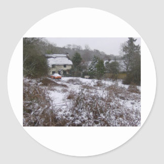 New Forest cottage in snow Classic Round Sticker