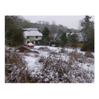 New Forest cottage in snow Postcard