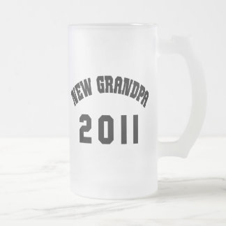 New Grandpa Shirt 2011 Frosted Glass Beer Mug