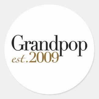 New Grandpop Est 2009 Classic Round Sticker