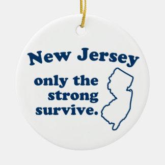 New Jersey solamente que el fuertes sobreviven Adorno Navideño Redondo De Cerámica