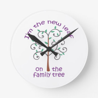 NEW LEAF ON FAMILY TREE ROUND WALLCLOCK