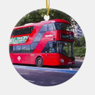 New London Red Bus Round Ceramic Decoration