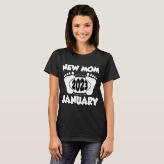 NEW MOM JANUARY 2023 T-Shirt