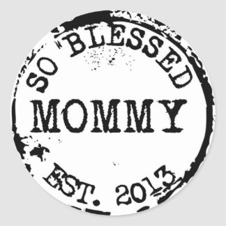New Mommy Established With Year Classic Round Sticker