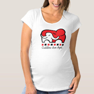 New mom's / mom to be cudles due t-shirt