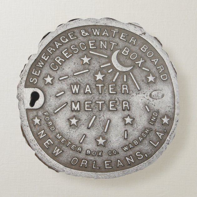 Studio Dalio - Crescent City Water Meter Cover Round Pillow