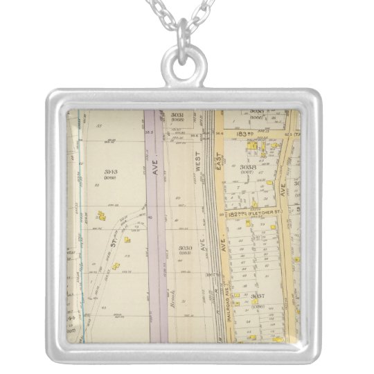 New York 17 Silver Plated Necklace