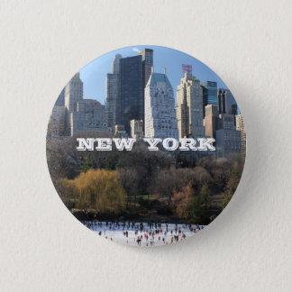 NEW YORK CHRISTMAS PINBACK BUTTON