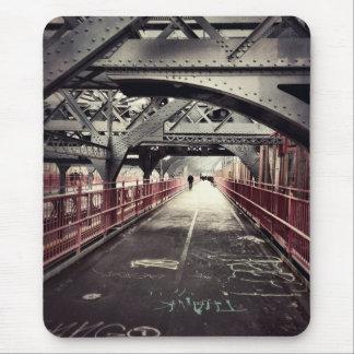 New York City Architecture - Williamsburg Bridge Mouse Pad