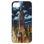 New York City Chrysler que construye en la noche iPhone 5 Case-Mate Cárcasas