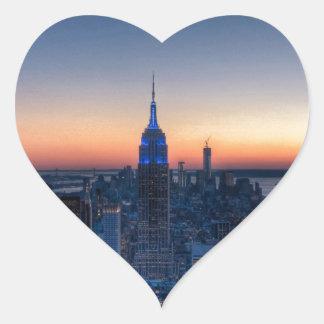 New York City del top del centro de Rockefeller Pegatina En Forma De Corazón
