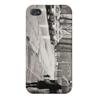 New York City - día lluvioso en Greenwich Village iPhone 4/4S Fundas