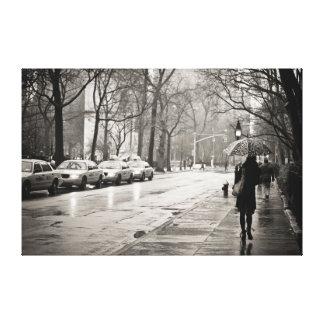 New York City - día lluvioso en Greenwich Village Lona Estirada Galerías