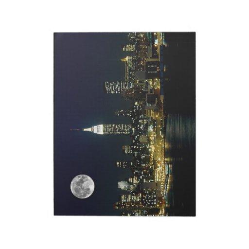 New York City estuvo en la luna Bloc