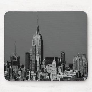New York City Manhattan Skyline Mouse Pad