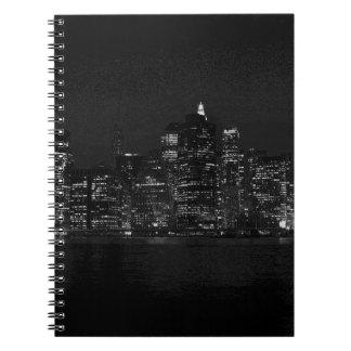 New York City negro y blanco Note Book