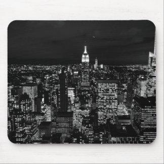 New York City night skyline Mouse Pad