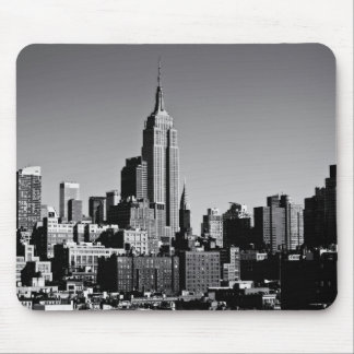 New York City Skyline in Black and White Mouse Pad