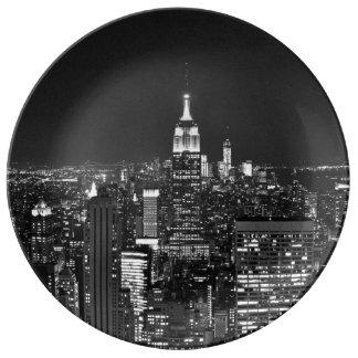 New York night skyline in black and white Plate