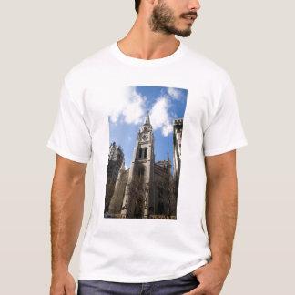 New York, NY, USA - The entrance to a T-Shirt