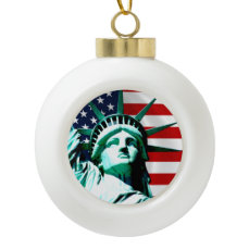 New York (NY) USA - The Statue of Liberty Ceramic Ball Christmas Ornament
