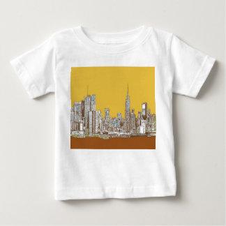 New York skyline in yellow Tee Shirt