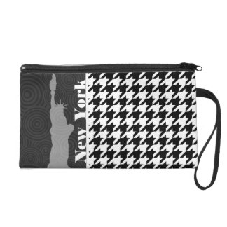 New York, Statue of Libety Houndstooth Wristlet