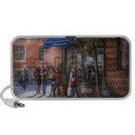 New York - Store - Greenwich Village - Jefferey's Travel Speaker