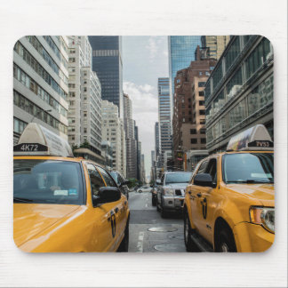 New York Taxi Skyline Mouse Pad