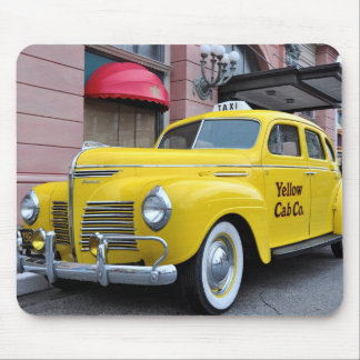 New York Yellow Vintage Cab Mouse Pad