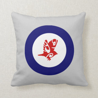 New Zealand bird SILVEREYE roundel Pillow