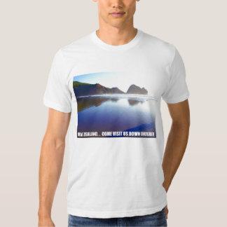 New Zealand... Come Visit Us Down Underer T-shirt