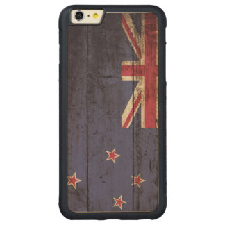 New Zealand Flag on Old Wood Grain Carved Maple iPhone 6 Plus Bumper Case