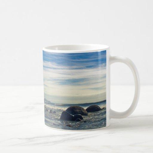 New Zealand: Moeraki Boulders Coffee Mug